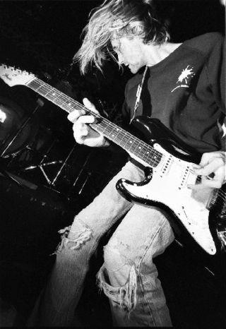 Kurt-cobain-kxlu