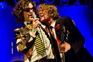 (photo by Jeff Koga) 2009 Rock and Roll Circus