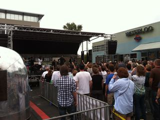 the foot-thumping, ass shaking stylings of Fitz & the Tantrums (photos courtesy John Graney)